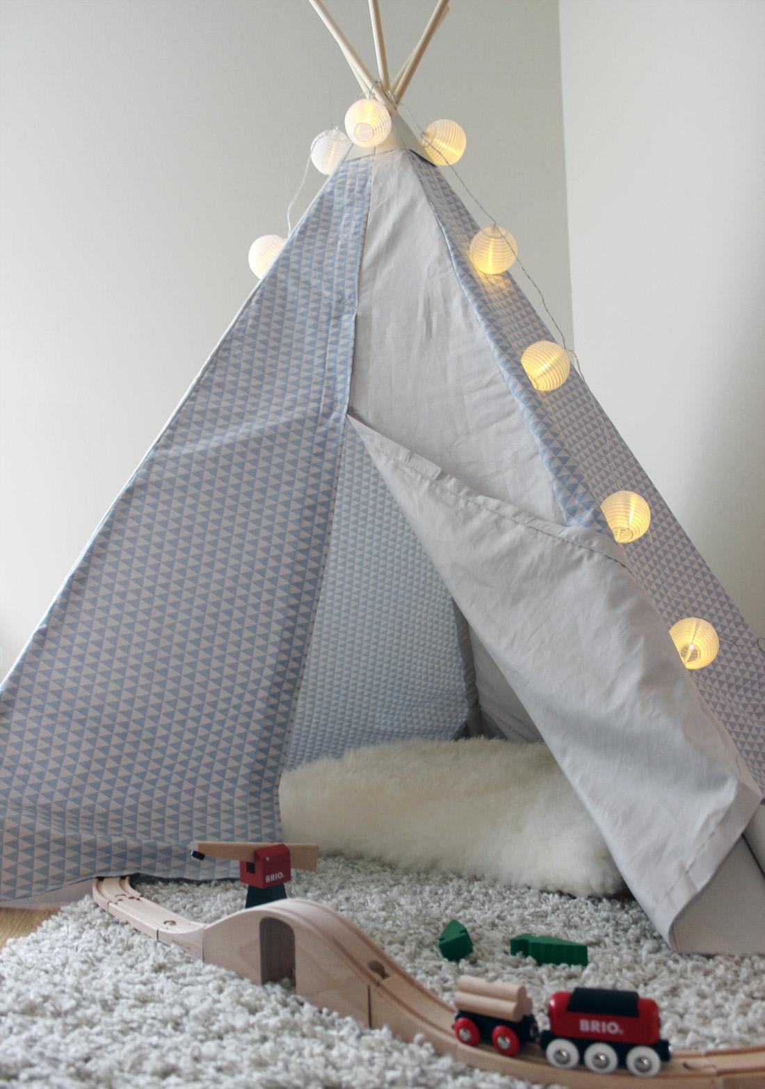Tipi telt til barn - Sminkebord med speil og lys