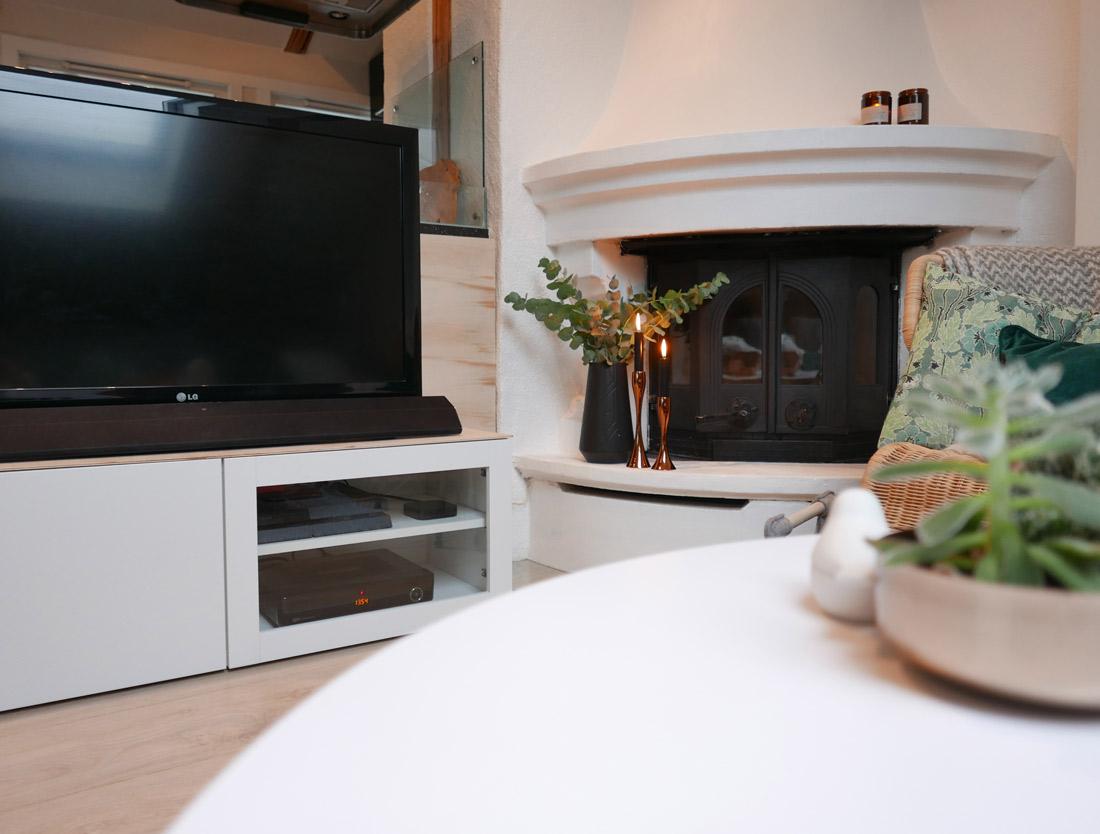 Stue med tv veggen ? astric