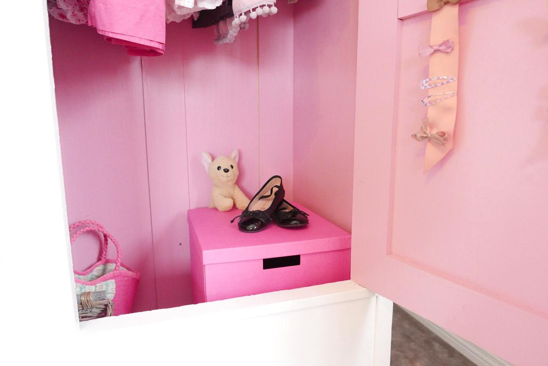 Soverom Rosa: Inspirasjon nye barnerom. Soverommet vrt i bild. .